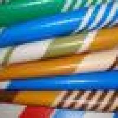 PVC夹网布具有很多优秀的品质,在生活中使用广泛